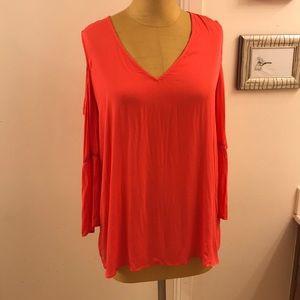 💥PLEIONE💥boho 100% Rayon cold shoulder blouse